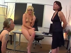Zoey gets naked and has her cute feet and bawdy cleft licked out by Tom while she erotically poses and moans.