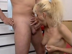 Horny peaches mature whore gets simmering film