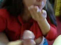 Mature brunette wife is rather skilful in BJ but she makes such faces! She sucks her dude and spits out his cumshot � it�s too many of jism for her little mouth!
